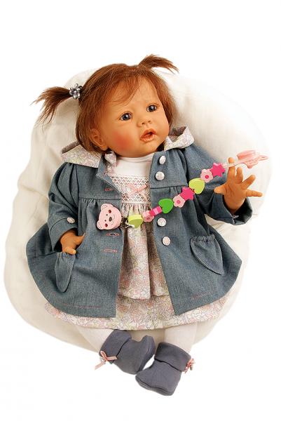 Baby Pina 52 cm von Karola Wegerich braune Haare, Jeansmantel + Kleid
